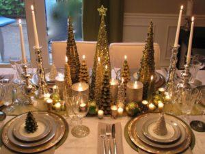 mesa de navidad en dorado